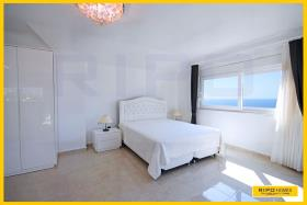 Image No.22-3 Bed Penthouse for sale