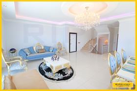 Image No.3-Appartement de 4 chambres à vendre à Mahmutlar