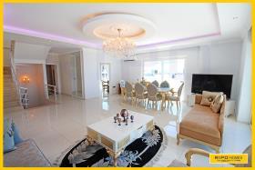 Image No.4-Appartement de 4 chambres à vendre à Mahmutlar