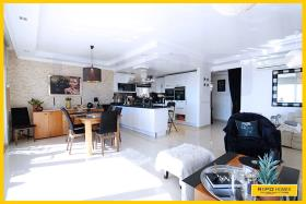 Image No.2-8 Bed Penthouse for sale
