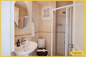 Image No.25-Appartement de 2 chambres à vendre à Demirtas