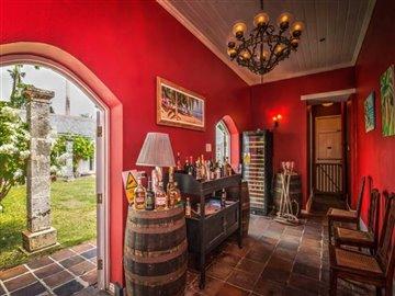 cliftonhallgreathouse-bar-533633