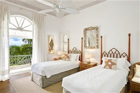 Image No.8-5 Bed Property for sale