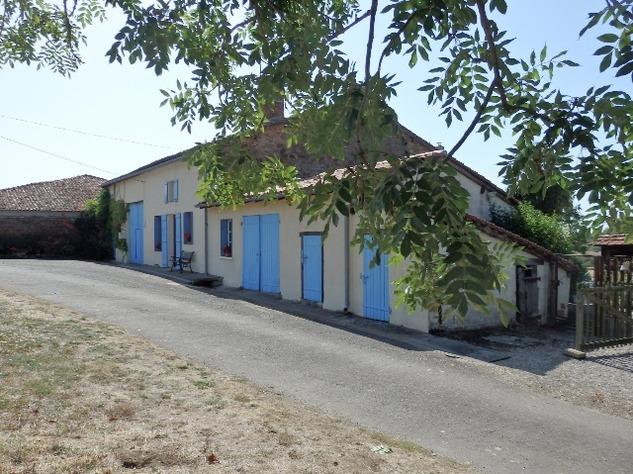 Abzac, House>
