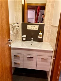 4624-venice-bathroom-1