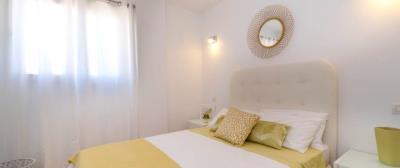 B5-1_La_Recoleta_Punta_Prima_bedroom_026Piloto
