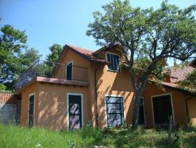 Sassello, Villa