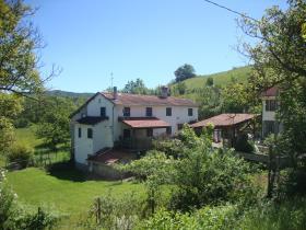 Mioglia, Country House
