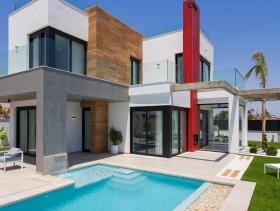 Image No.1-Villa de 3 chambres à vendre à Los Alcazares