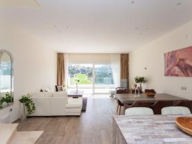 Image No.8-3 Bed Villa for sale