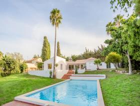 Estepona, Villa / Detached