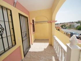 Image No.19-3 Bed Townhouse for sale