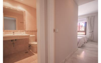 13--Second-bed---bath