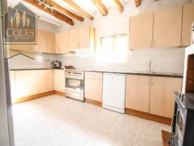 Image No.6-5 Bed Cortijo for sale