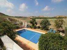Image No.9-6 Bed Villa / Detached for sale