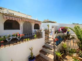 Image No.0-5 Bed Cortijo for sale