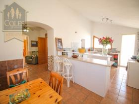 Image No.8-6 Bed Cortijo for sale