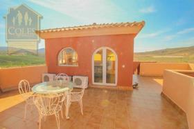 Image No.32-7 Bed Villa / Detached for sale