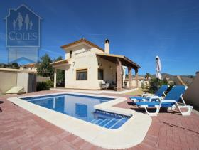 Arboleas, Villa / Detached
