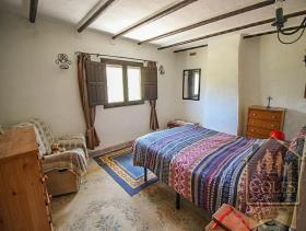 Image No.23-3 Bed Cortijo for sale