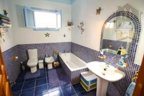Image No.23-4 Bed Cortijo for sale
