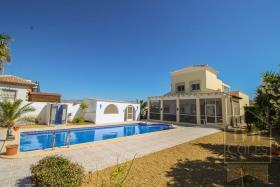Arboleas, Villa / Detached