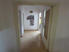 Image No.7-3 Bed Flat for sale