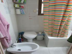 Image No.11-3 Bed Flat for sale