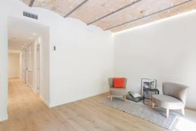 Image No.2-Appartement de 2 chambres à vendre à Barcelona