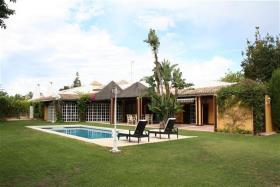 Guadalmina Baja, Villa