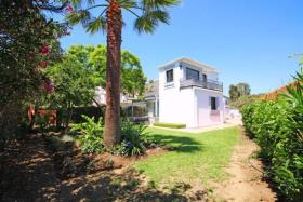 Image No.17-4 Bed Villa / Detached for sale