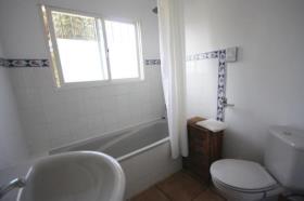 Image No.14-6 Bed Villa / Detached for sale