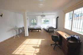 Image No.21-6 Bed Villa / Detached for sale