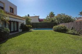 Image No.6-4 Bed Villa / Detached for sale