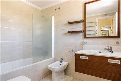 Web_Oasis_Club_Riviera_K2_Apartment_MiMove-6