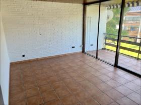 Image No.2-Appartement de 2 chambres à vendre à Puerto Banus