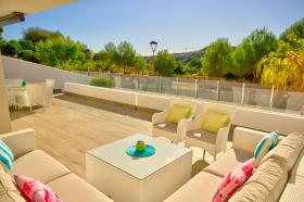 Image No.0-Appartement de 2 chambres à vendre à Estepona