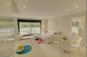 Image No.2-Appartement de 2 chambres à vendre à Estepona