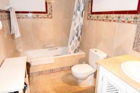 Image No.12-Maison de ville de 2 chambres à vendre à Mijas
