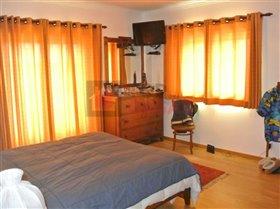 Image No.9-Maison de 4 chambres à vendre à A dos Francos