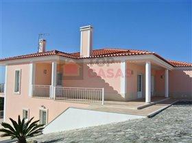 Image No.1-Maison de 4 chambres à vendre à Santa Catarina