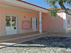 Image No.2-Maison de 4 chambres à vendre à Santa Catarina