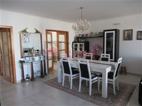 Image No.1-Maison de 4 chambres à vendre à Sao Martinho do Porto