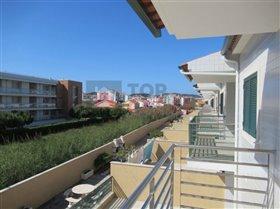 Image No.3-Maison de 4 chambres à vendre à Sao Martinho do Porto