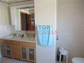 Image No.6-Maison de 4 chambres à vendre à Sao Martinho do Porto