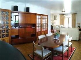 Image No.3-Maison de 5 chambres à vendre à Nadadouro