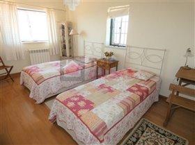 Image No.10-Maison de 4 chambres à vendre à Usseira