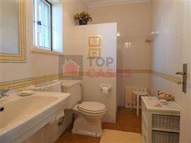Image No.4-Maison de 4 chambres à vendre à Usseira