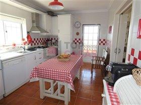 Image No.7-Maison de 4 chambres à vendre à Usseira