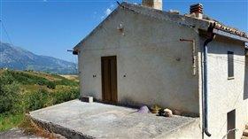 Image No.1-Villa / Détaché de 2 chambres à vendre à Gessopalena